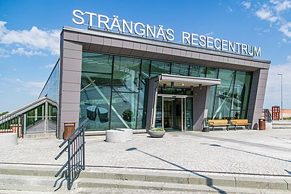 How to get to Strängnäs Station with public transit - About the place