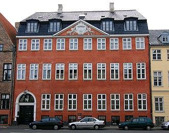 Behagen House - The building seen from across the street