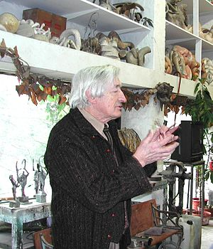 Olivier Strebelle - Belgian sculptor Olivier Strebelle talks with a group of American writers in his home/studio outside Brussels in January 2009.