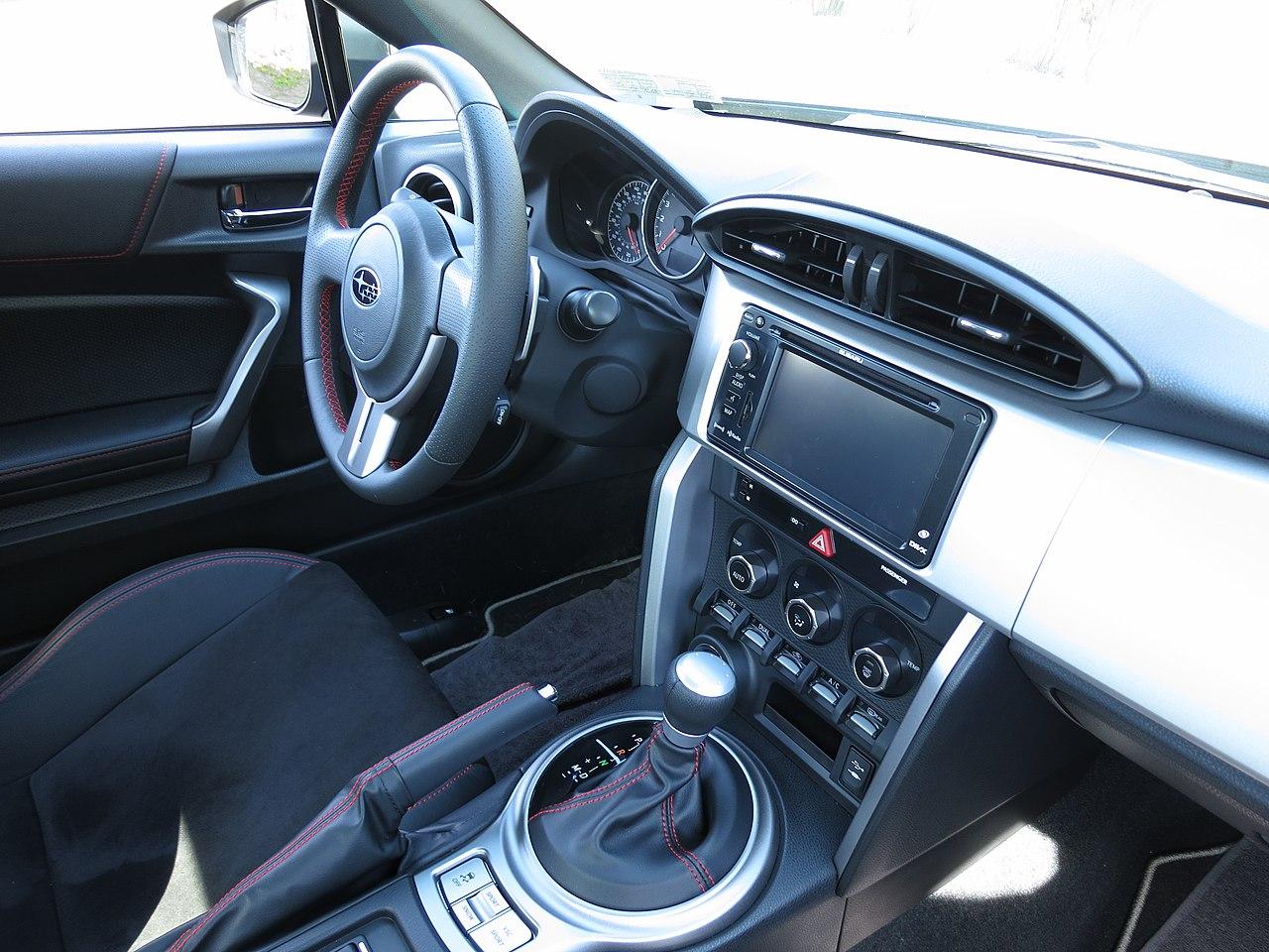 File Subaru Brz Interior Jpg Wikimedia Commons