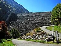 Takase Dam 2008-10-13.jpg