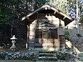 Tenjin-Jinkya(Simotsuneyoshi,Kyotango)境内社覆屋.jpg