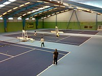 Tennis hall - panoramio.jpg