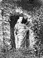 Terrasse et grotte de rocaille - Statue située dans une niche de la terrasse, Minerve - Juvisy-sur-Orge - Médiathèque de l'architecture et du patrimoine - APMH00023495.jpg