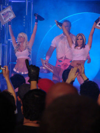 Angelina Love - The Beautiful People (Love and Velvet Sky) with Cute Kip