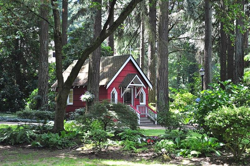 File:The Grotto (Portland, Oregon) - St. Anne's Chapel 01.jpg