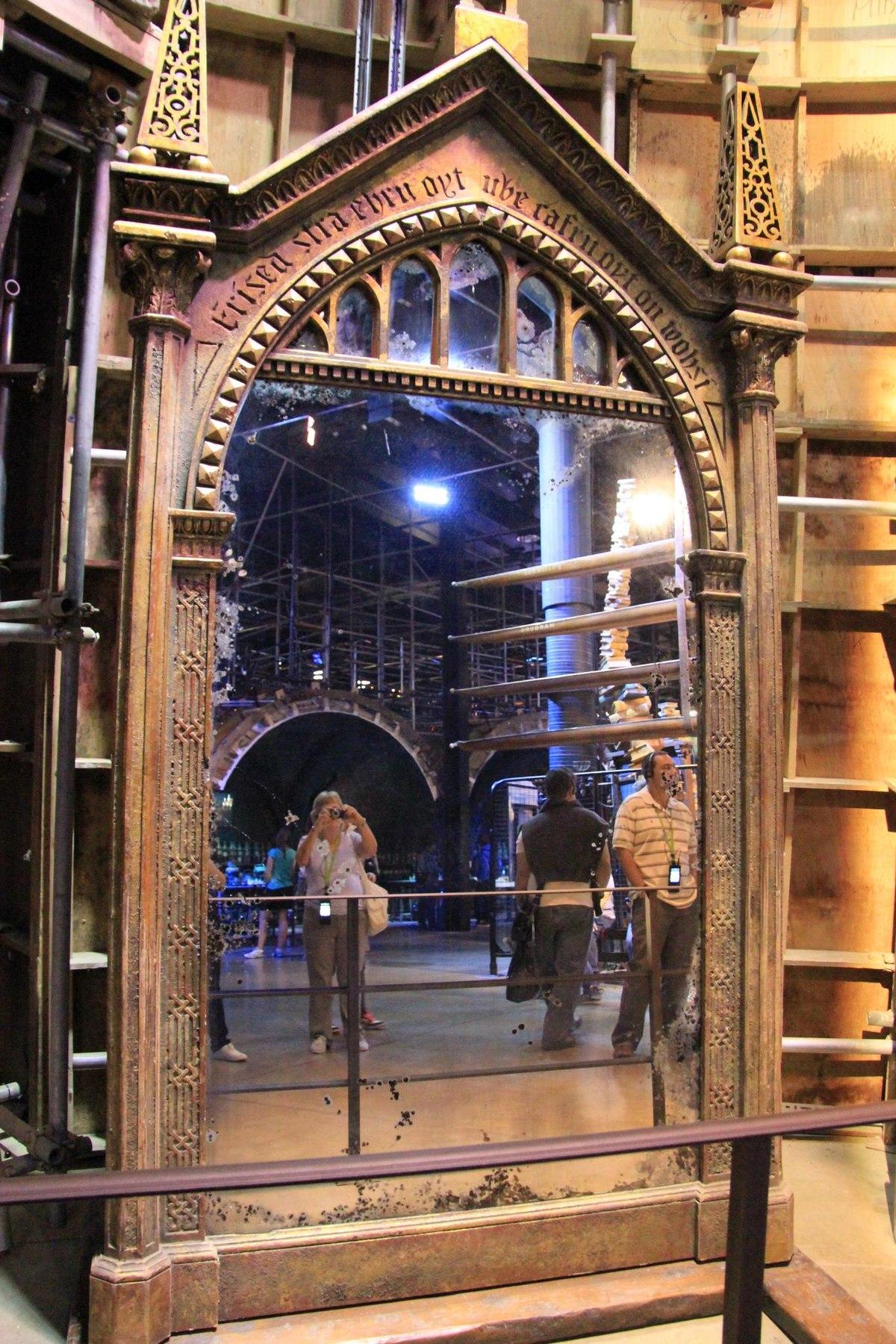 Harry Potter Spiegel : spiegel van neregeb wikipedia ~ Watch28wear.com Haus und Dekorationen