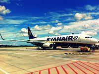 EI-DHW - B738 - Ryanair