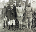 Theodore-roosevelt-and-officers.PNG