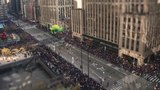 Tập tin:Time lapse Macy s Thanksgiving Day Parade 2012 New York hd720.webm