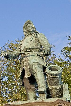 Peter Tordenskjold - Statue of Tordenskjold by Axel Ender  at the Rådhusplassen in Oslo
