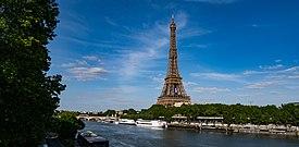Tour Eiffel Passy (49886204292) (beskåret) .jpg