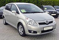 Toyota Corolla Verso II 20090621 front.JPG