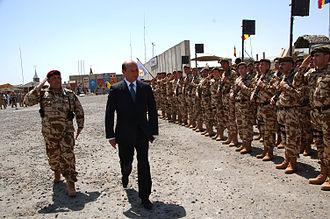 Traian Băsescu - Traian Băsescu in Afghanistan, June 2009