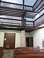 Tribunes de l'église d'Esnazu.jpg