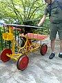Triciclo a rotaia sul tracciolino - panoramio.jpg