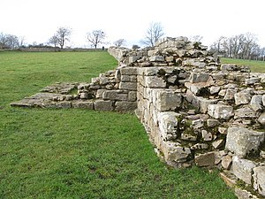 Milecastle 29 - Join of the turret 29A's wing wall (broad gauge) to the narrow gauge curtain wall