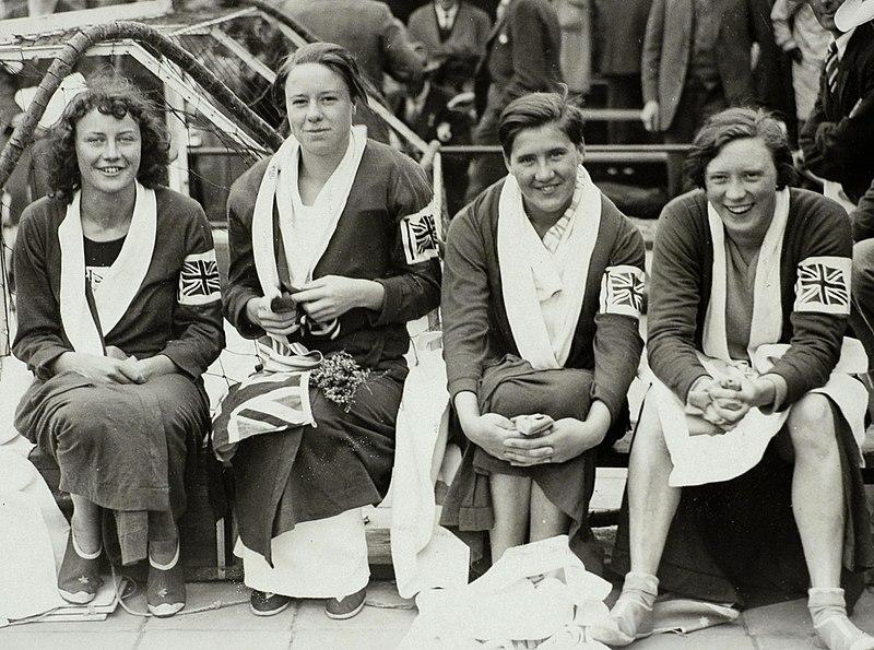 Resultado de imagen de Iris Vera Tanner swimmer