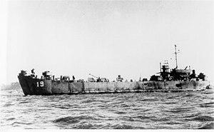 USS LST-19 - Image: USS LST 19 San Francisco Bay circa 1945 1946