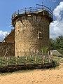 Une des tous du château du Guédelon en août 2019.jpg