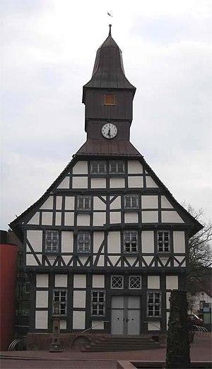 Uslar - The historical city hall (1476) of Uslar (Easter 2007).