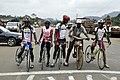Vélo à bois au Cameroun2.jpg