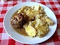 Vepřový závitek plněný zelím, brambory.jpg