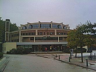Institute for Housing and Urban Development Studies - Round building, Kruisplein, Rotterdam