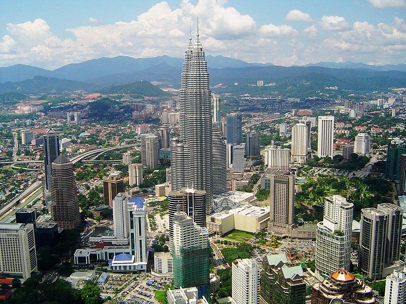 Datei:View on Petronas Towers.JPG