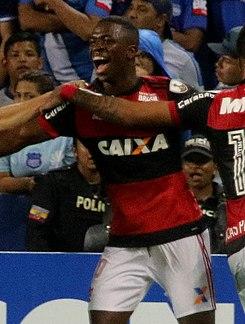 Vinícius Júnior – Wikipédia b925481301543
