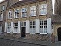 Vleeshouwersstraat 16 Classicistisch dubbelhuis.jpg