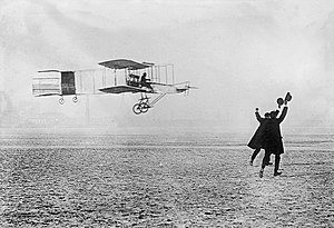 Voisin 1907 biplane - Henri Farman winning the Archdeacon Prize for the first closed-circuit kilometer flight in Europe