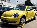Volkswagen Beetle 1.4 TSi Design 2015 (16740071304).jpg