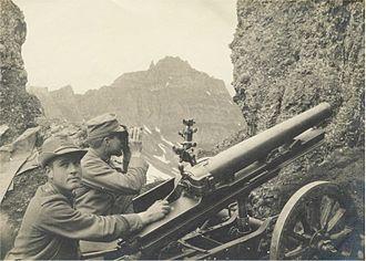Cannone da 65/17 modello 13 - A Mountain artillery unit with a 65/17 modello 13 gun on Monte Padon firing at Austrian positions on the Sass di Mezdi