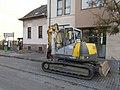 Wacker-Neuson 12002 crawler excavator with demolition hammer, 2018 Szentimreváros.jpg