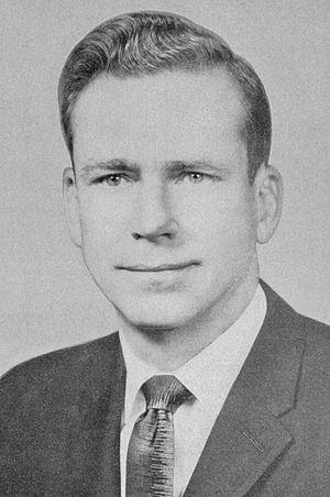 Warren E. Hearnes - Image: Warren E. Hearnes