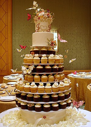 This seven tiered wedding cake stand was creat...