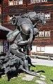 Weger Baschi (Sebastian) Bronzefigur von Erich Zehner 01.jpg