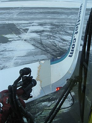De-ice - A deice operation via a FMC Technologies' Tempest deicing unit.