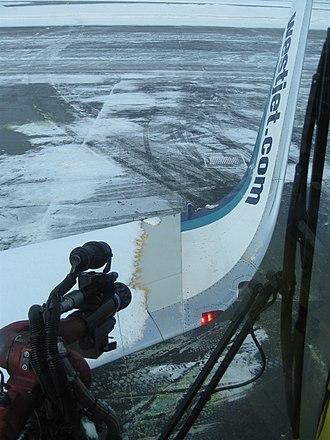 De-ice - A deice operation via a FMC Technologies' Tempest deicing unit.