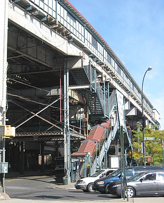 West Farms Square–East Tremont Avenue (IRT White Plains Road Line) - East Tremont Avenue exit