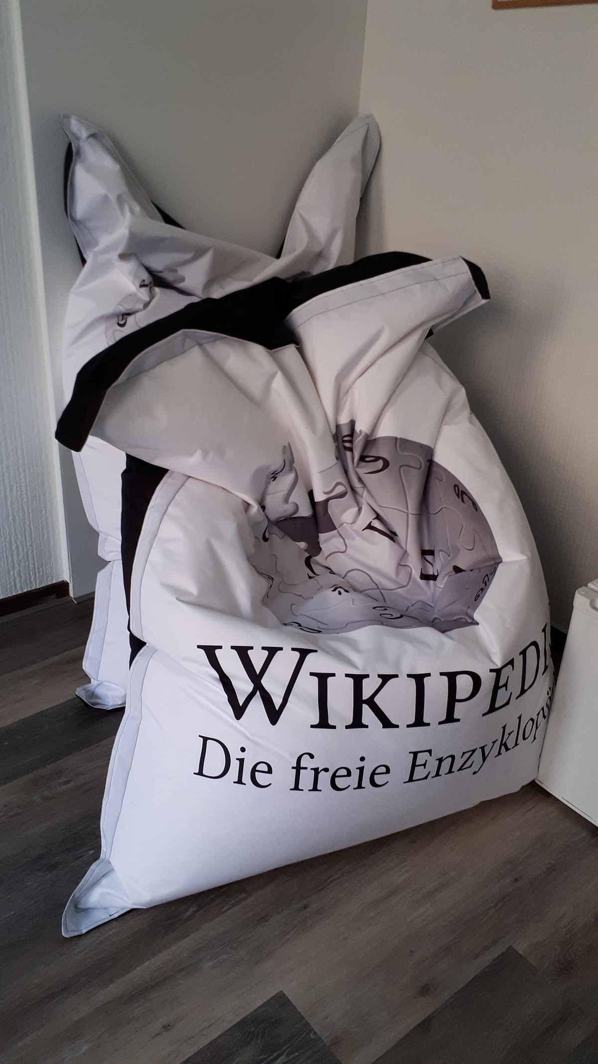 Bolletjes Voor Zitzak.Zitzak Wikiwoordenboek