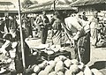 Woman selling coconuts in Surakarta, Wanita di Indonesia p46 (Stoomvaart mij Nederland).jpg