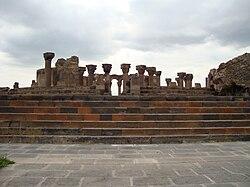 Zvartnots temple1.JPG