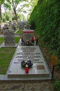 Zygmunt Szendzielarz (grób symboliczny).JPG