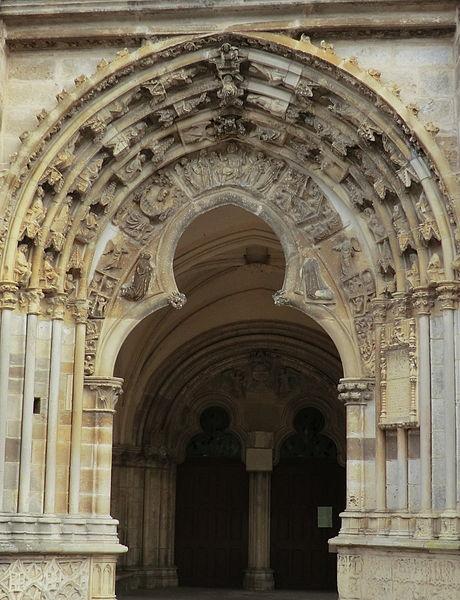 Église de Saint-Père-sous-Vézelay.