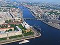 Крейсер Аврора и Нахимовское училище с высоты птичьего полёта.jpg