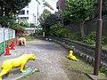 渋谷川の跡、奥の壁はいかにも塞いだ感じ。 - panoramio.jpg