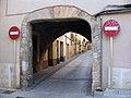 012 Portal Sud del carrer Major, al Pla de Santa Maria.jpg