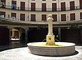 037 Plaça Redona (València), font.JPG